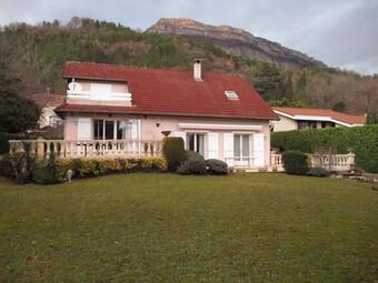 Vente Maison 8 pièces 212m² Corenc (38700) - photo