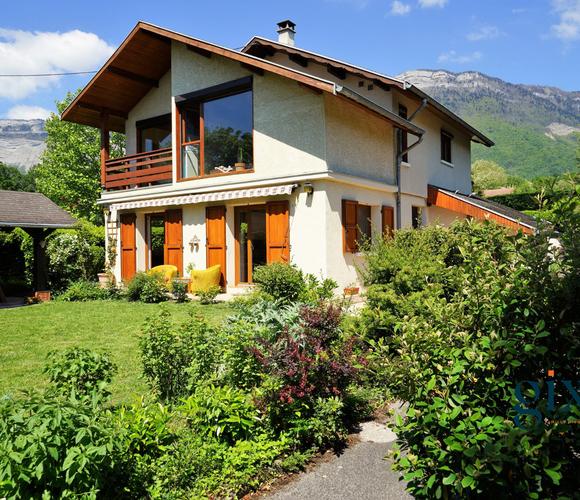 Vente Maison 6 pièces 160m² Saint-Nazaire-les-Eymes (38330) - photo