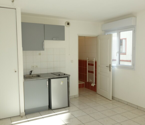 Location Appartement 2 pièces 32m² Grenoble (38000) - photo