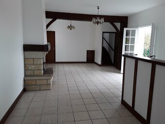 Location Appartement 4 pièces 105m² Villefranque (64990) - photo 2