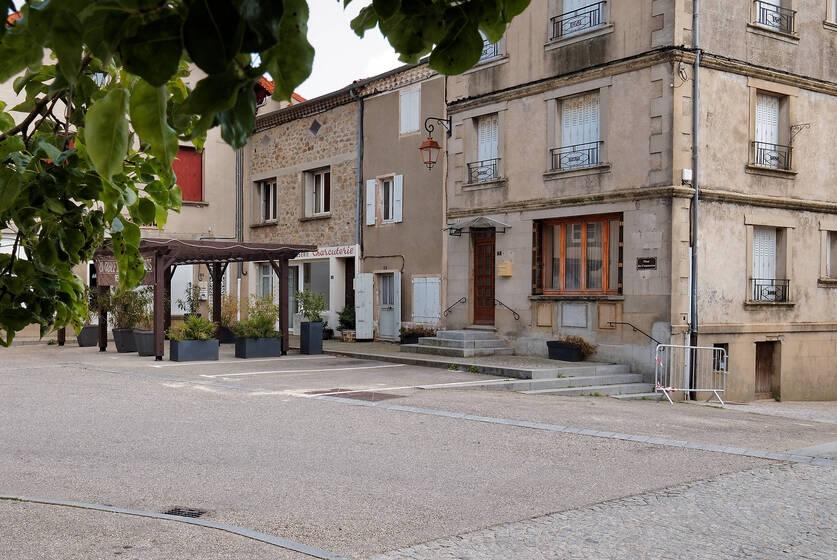 Vente Local commercial Colombier-le-Jeune (07270) - photo