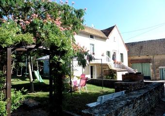 Vente Maison 5 pièces 119m² Saint-Désert (71390) - Photo 1