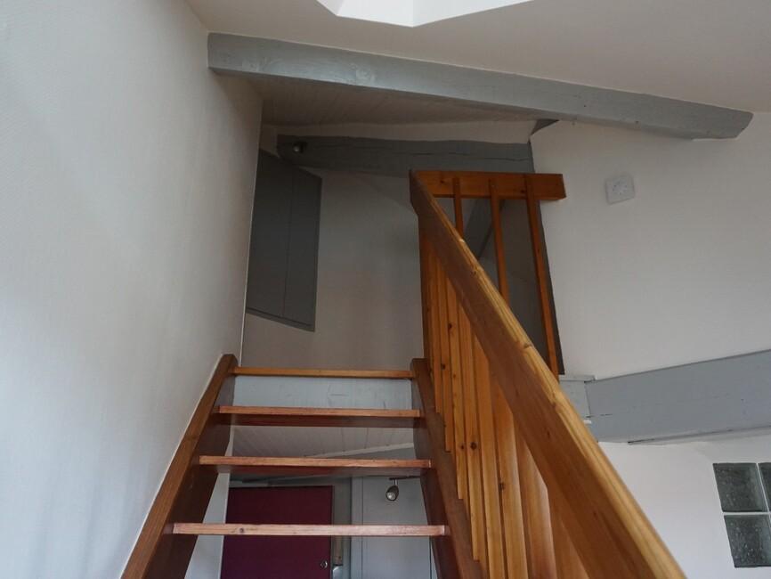 vente appartement 1 pi ce pau 64000 362945. Black Bedroom Furniture Sets. Home Design Ideas