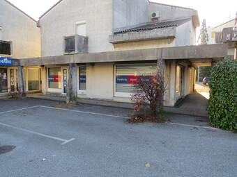 Location Bureaux 3 pièces 82m² Saint-Marcel-lès-Valence (26320) - Photo 1
