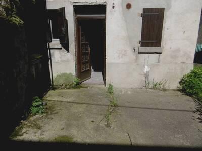 Location Maison 7 pièces 135m² Saint-Jean-des-Ollières (63520) - Photo 9