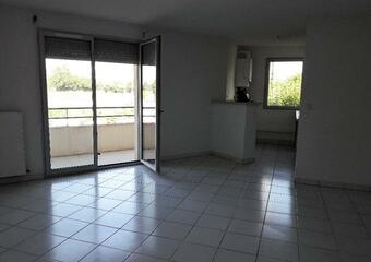 Renting Apartment 3 rooms 61m² Lombez (32220) - Photo 1
