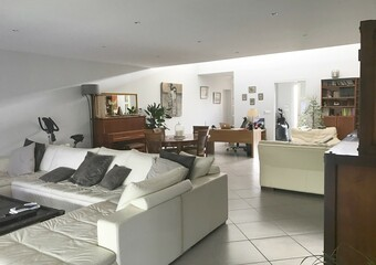 Renting House 6 rooms 213m² Agen (47000) - Photo 1