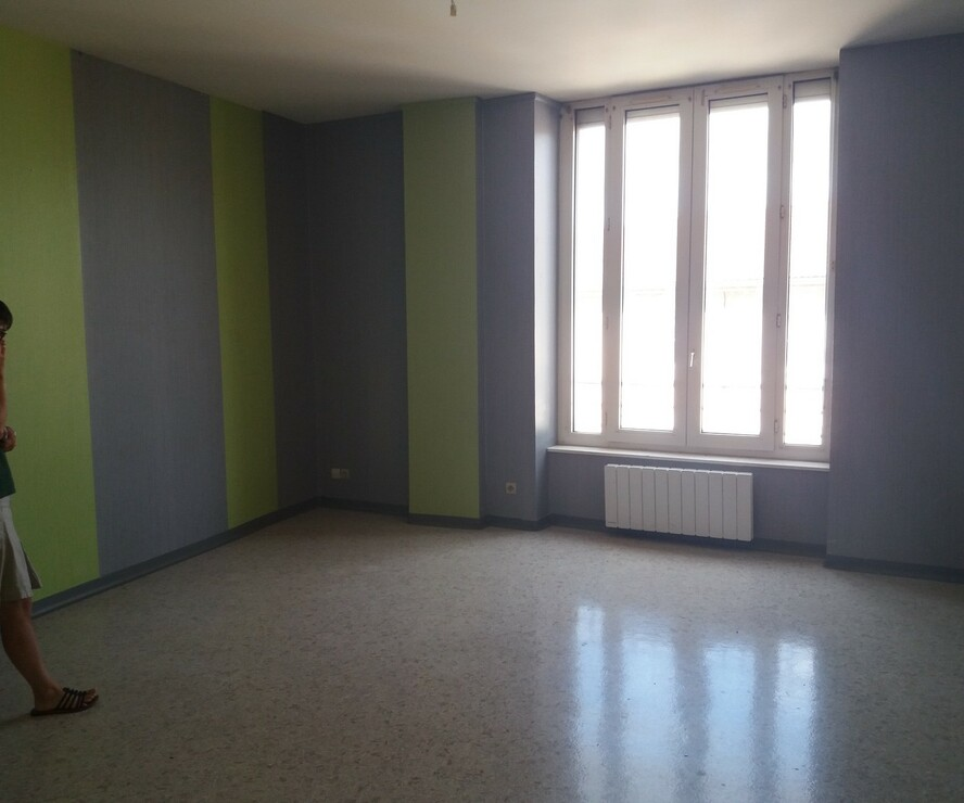 Location Appartement 63m² Thizy (69240) - photo
