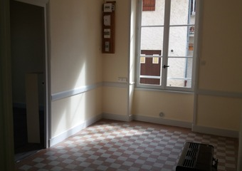 Location Appartement 35m² Charlieu (42190) - photo 2