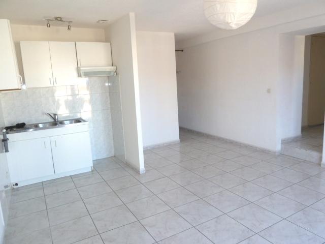 Location Appartement 3 pièces 55m² Saint-Laurent-de-la-Salanque (66250) - photo