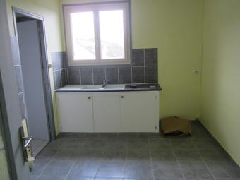 Location Appartement 4 pièces 80m² Saint-Marcel (36200) - Photo 1