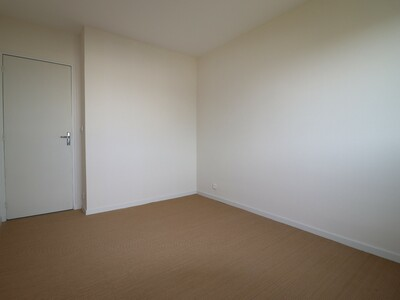 Location Appartement 2 pièces 65m² Pau (64000) - Photo 9