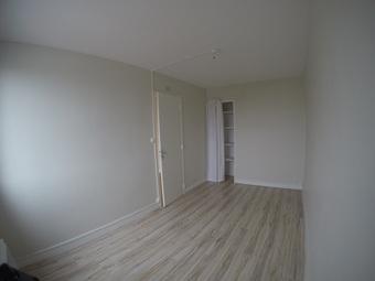 Renting Apartment 3 rooms 55m² Billère (64140) - Photo 1