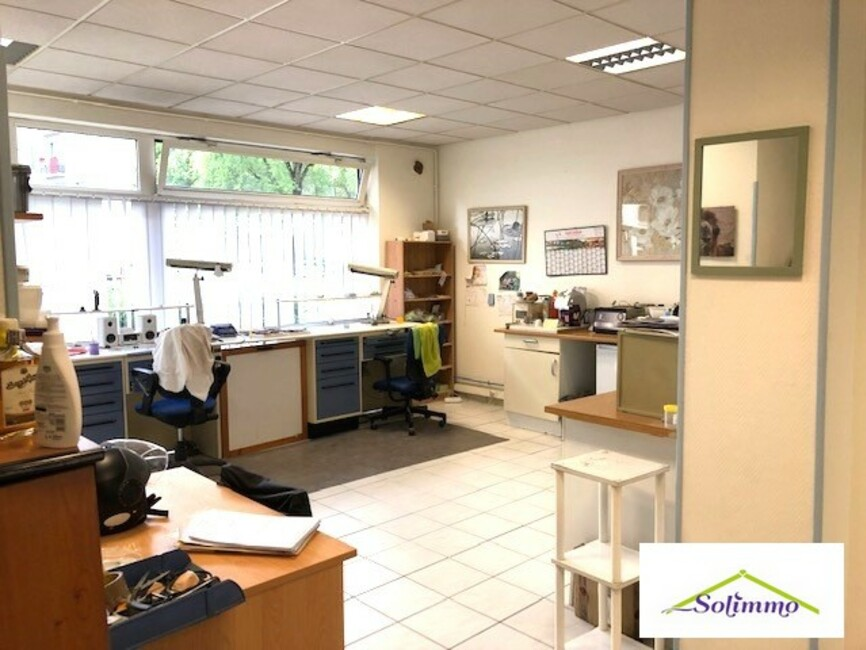 Vente Local commercial 3 pièces 67m² Grenoble (38100) - photo