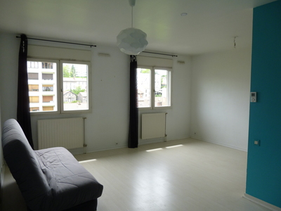 Location Appartement 1 pièce 35m² Saint-Étienne (42100) - Photo 9