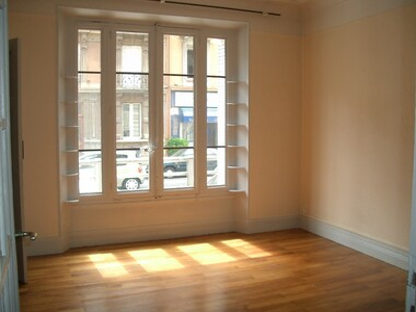 Location Appartement 1 pièce 41m² Grenoble (38000) - photo