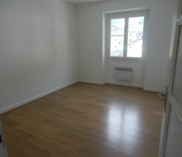 Renting Apartment 3 rooms 56m² Le Bourg-d'Oisans (38520) - photo