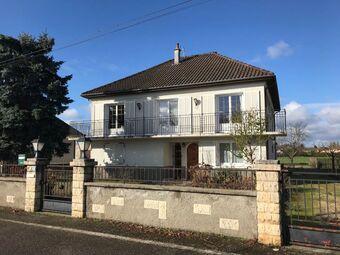 Vente Maison 6 pièces 175m² Hauterive (03270) - Photo 1