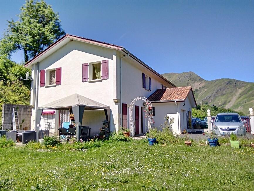 Vente Maison 4 pièces 96m² Saint-Étienne-de-Baïgorry (64430) - photo