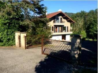 Location Maison 7 pièces 130m² Boëge (74420) - Photo 1