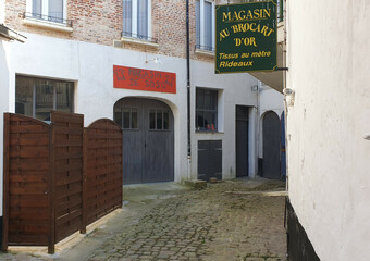 Location Local commercial 1 pièce 43m² Montreuil (62170) - Photo 1