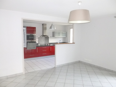 Location Appartement 2 pièces 57m² Saint-Étienne (42100) - Photo 2