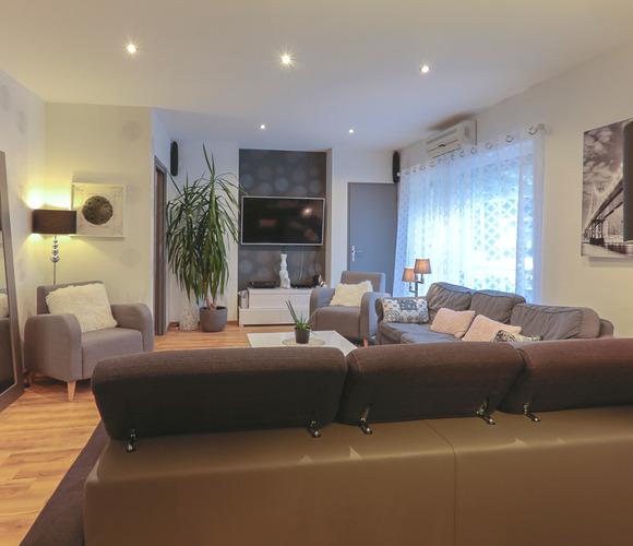 Vente Maison 12 pièces 350m² Bilieu (38850) - photo