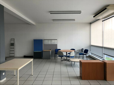 Renting Office 650m² Agen (47000) - photo