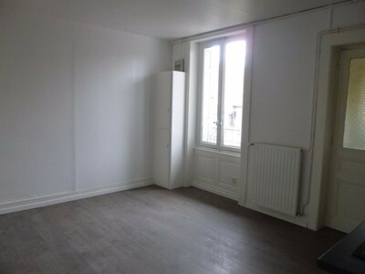 Location Appartement 3 pièces 47m² Saint-Étienne (42100) - Photo 3