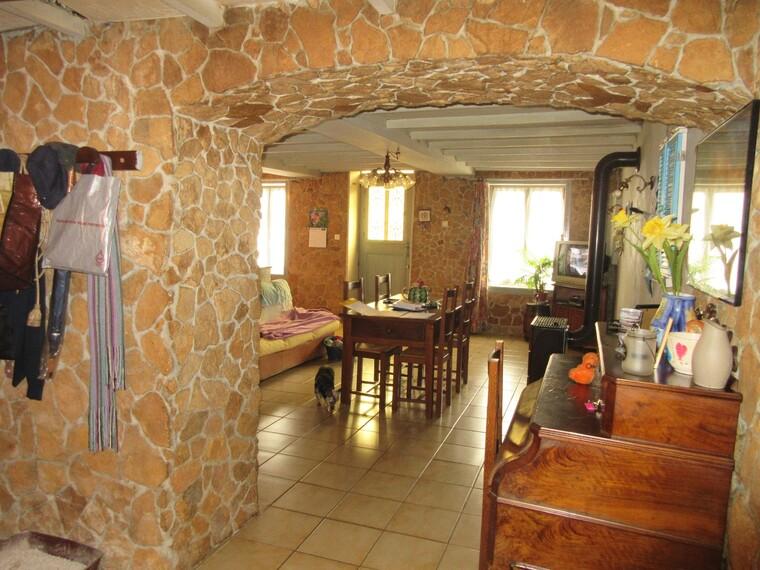 Vente Maison 5 pièces 140m² Le Bois-d'Oingt (69620) - photo