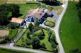 Vente Maison 500m² Briscous (64240) - photo