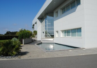 Location Local commercial 793m² Lias (32600) - photo 2