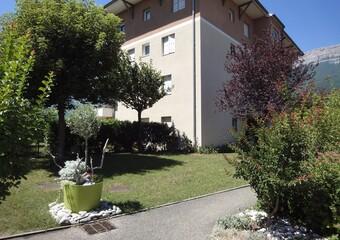 Location Appartement 4 pièces 97m² Claix (38640) - Photo 1