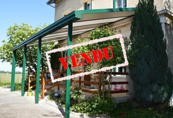 Vente Maison 7 pièces 185m² Saint-Étienne-de-Saint-Geoirs (38590) - photo