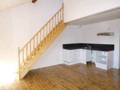 Location Appartement 3 pièces 39m² Saint-Étienne (42000) - Photo 2