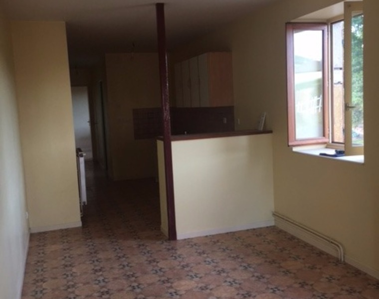 Location Appartement 52m² Chauffailles (71170) - photo