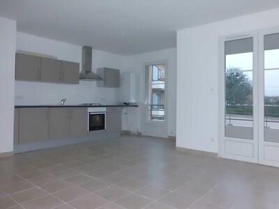 Location Appartement 4 pièces 78m² Savigneux (42600) - Photo 13