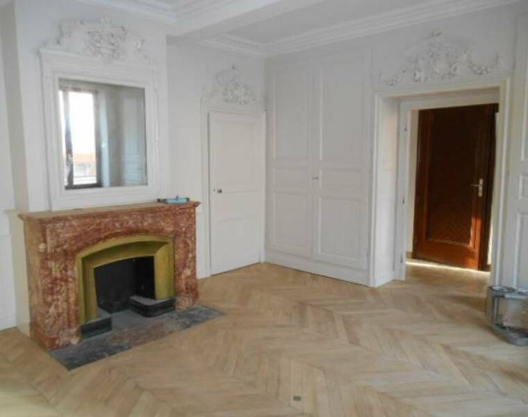 Location Appartement 4 pièces 95m² Thizy (69240) - photo