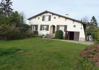 Vente Maison 9 pièces 140m² Montgé-en-Goële (77230) - photo