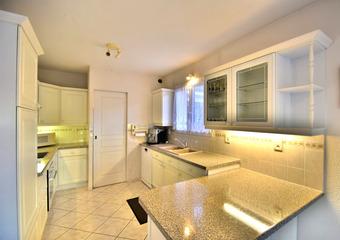 Vente Maison 6 pièces 165m² Bons En Chablais - Photo 1