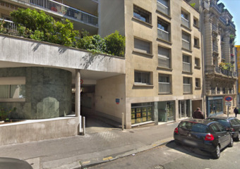 Location Garage Paris 20 (75020) - Photo 1