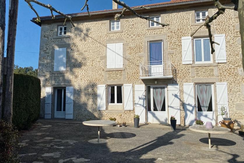 Vente Maison 7 pièces 168m² Montrigaud (26350) - photo
