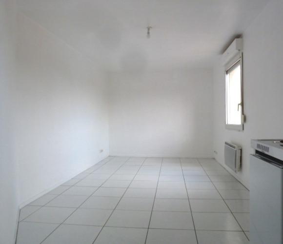 Location Appartement 1 pièce 22m² Amiens (80000) - photo
