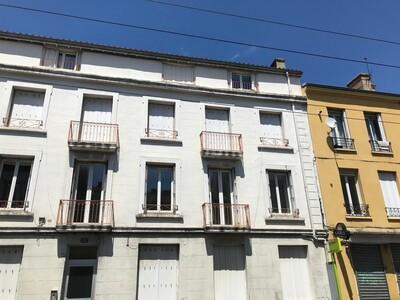 Location Appartement 4 pièces 84m² Saint-Étienne (42000) - Photo 7