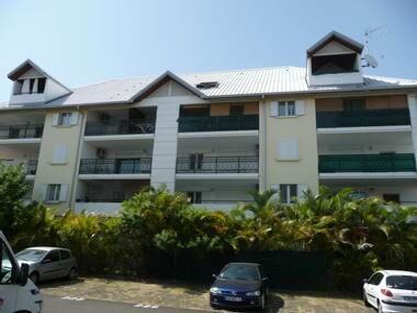 Location Appartement 1 pièce 34m² Saint-André (97440) - photo