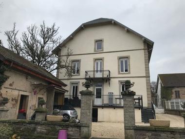 Vente Maison 12 pièces 248m² Fougerolles (70220) - photo