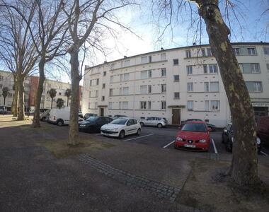 Location Appartement 4 pièces 65m² Billère (64140) - photo