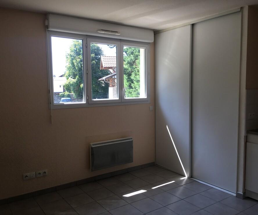 Location Appartement 1 pièce 20m² Gières (38610) - photo
