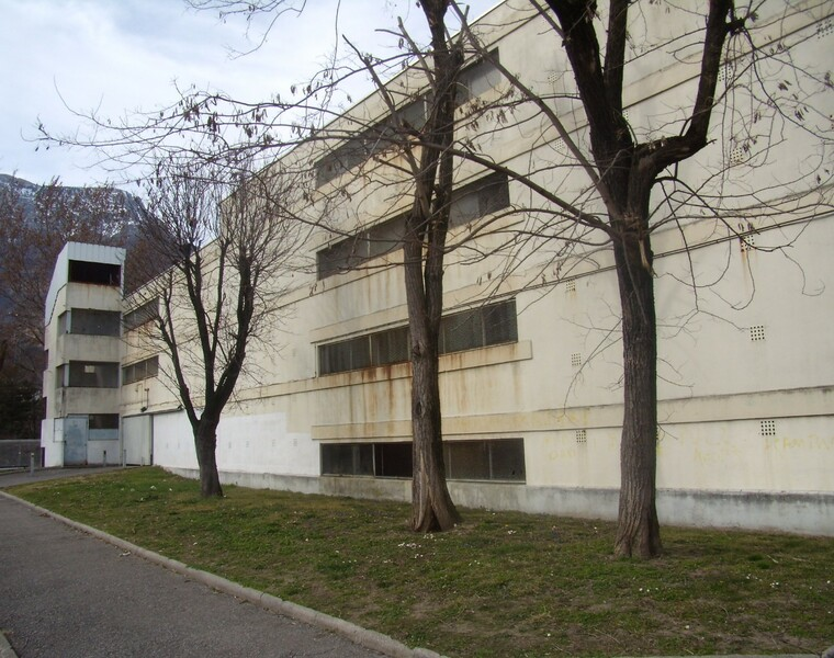 Location Garage 15m² Le Pont-de-Claix (38800) - photo