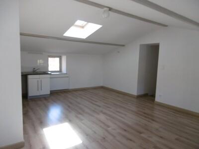 Location Appartement 2 pièces 39m² Billom (63160) - Photo 3